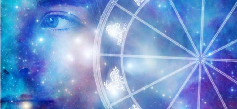 Horoscop Februarie 2017: 3 zodii pentru care urmatoarele 28 de zile sunt extraordinare, mai ales in Dragoste!