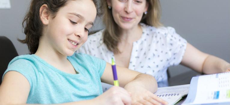 5 trucuri destepte prin care iti faci copilul sa adore scoala si invatatura