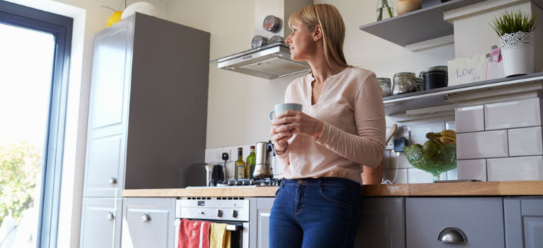 Cum amenajezi o bucatarie cat o cutie de chibrituri. 4 idei cochete de design