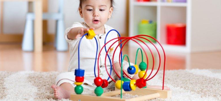 10 jocuri educative pentru invatarea prin joaca