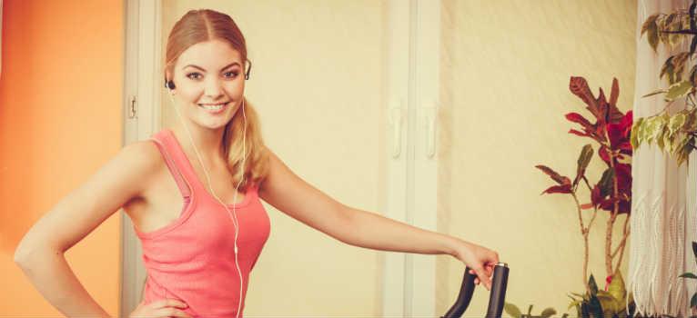 Cele mai eficiente exercitii cardio le realizezi la tine acasa