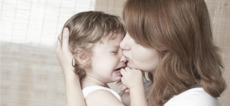 10 moduri prin care poti sa linistesti un copil care plange