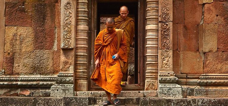 Intelege Mesajul lui Buddha! Calugarul buddhist Gelong Jampa Lungtok va sustine un curs in Romania