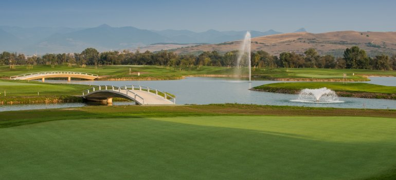 Se deschide Theodora Golf Club, cel mai mare resort de golf din Romania