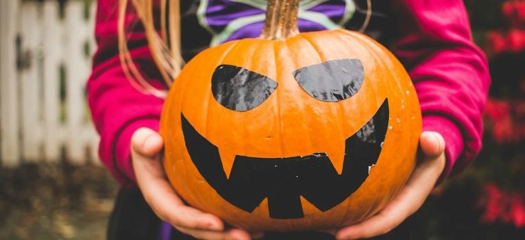 14 costume tematice amuzante de Halloween pentru copii