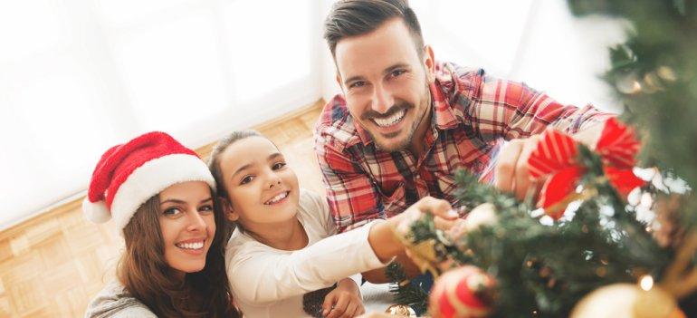 13 sfaturi psihologice de Craciun pentru parintii divortati