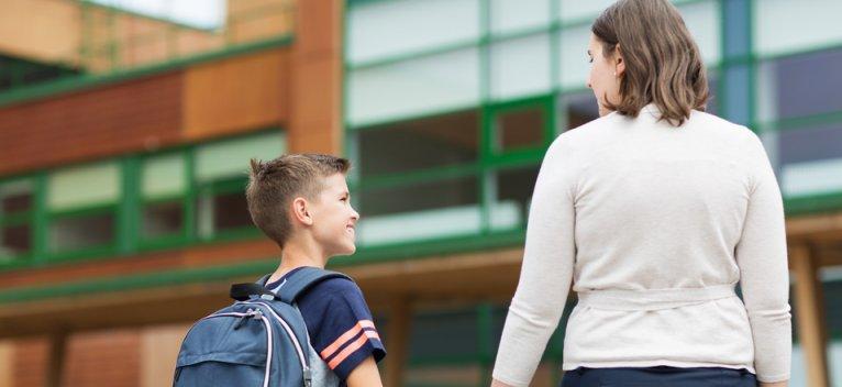 25 de modalitati de a afla cum ii merge la scoala copilului tau fara a-l intreba 'Cum iti merge la scoala?'