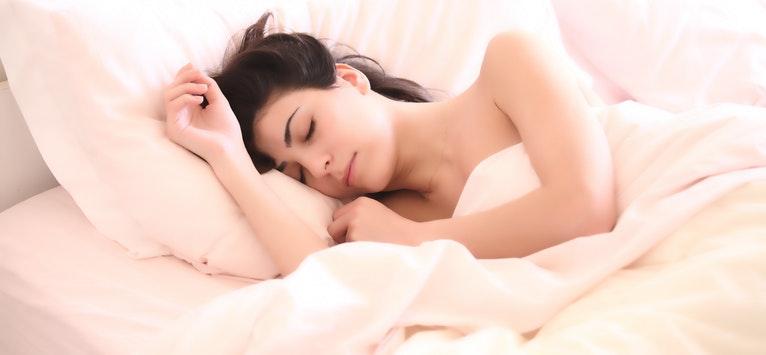 Demonstrat stiintific: Acesta este TRUCUL PSIHOLOGIC care te poate ajuta sa adormi mai repede!