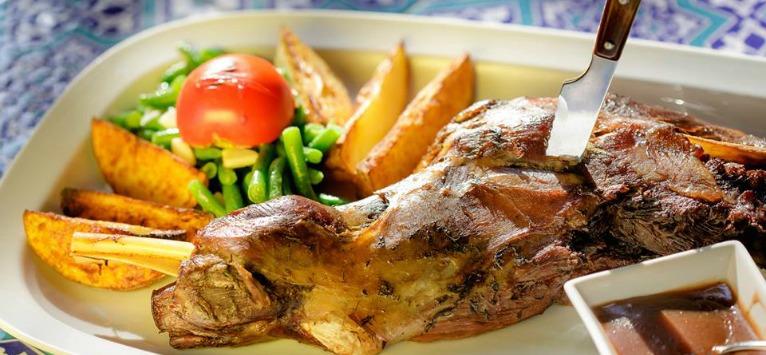 Sarbatoreste romaneste, cu specialitati culinare romanesti