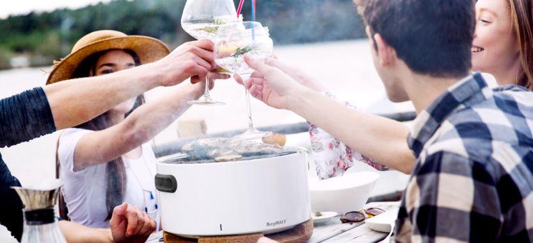 6 lucruri super utile ca să organizezi un grătar reușit în grădină vara