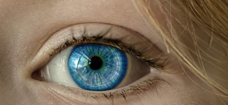 Sfaturi în alegerea lentilelor de contact colorate potrivite