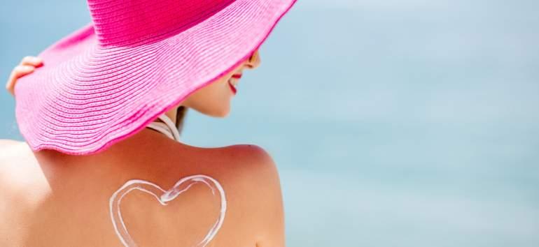 DE CE să porți SPF în fiecare zi? 4 motive oferite de medicul dermatolog
