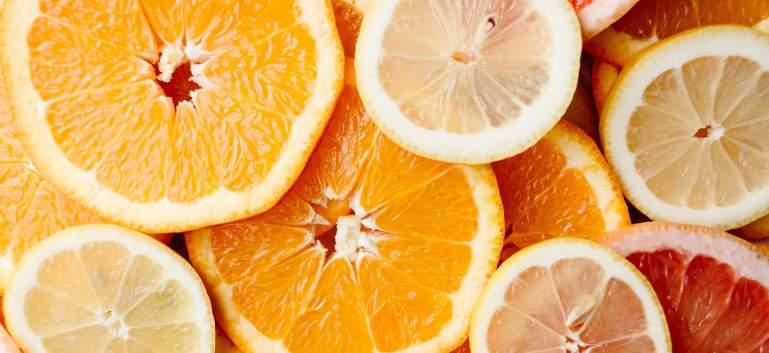 6 vitamine si minerale esentiale in dieta unei femei