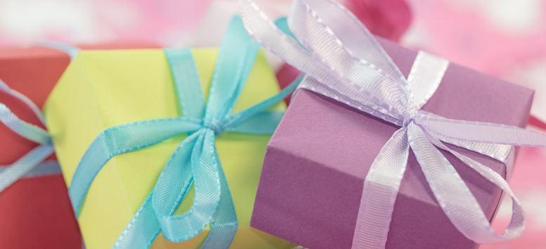 Ce să faci dacă vrei să iei niște cadouri amuzante pentru oamenii dragi din viața ta