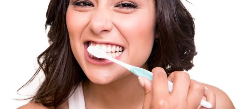 Ghid pentru un periaj dentar corect