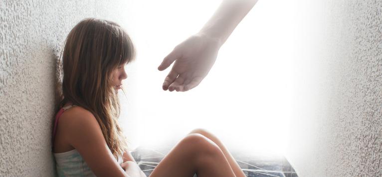 37 de semne care îți arată că ai un Copil Interior rănit care are nevoie de vindecare