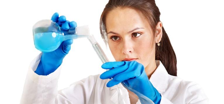 Înscrierile în competiția 'Pentru femeile din știință' continuă până pe 7 septembrie