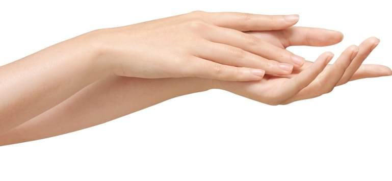 6 reguli simple pentru a avea mâini frumoase și hidratate
