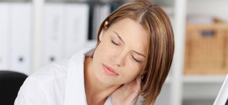 Rigiditate cervicală - Simptome, cauze, complicații