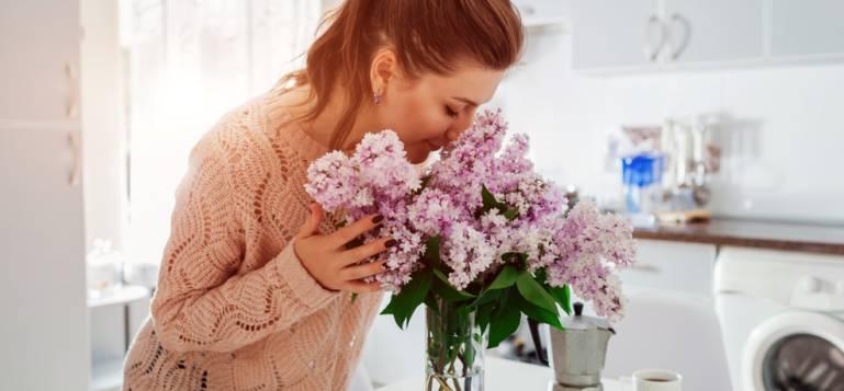 Cum să te asiguri că locuința ta miroase întotdeauna plăcut: idei pentru fiecare cameră