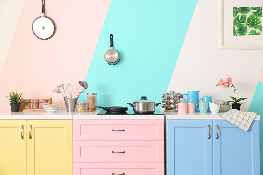 Beneficiile echipamentelor și accesoriilor specializate în bucătărie