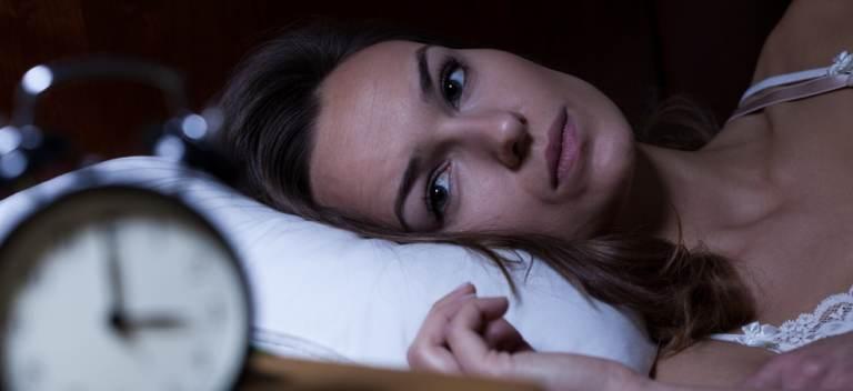 5 trucuri simple ca să te poți odihni mai bine