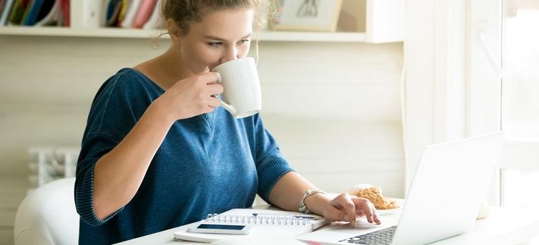 Cum poți să te relaxezi când ai o zi grea la muncă