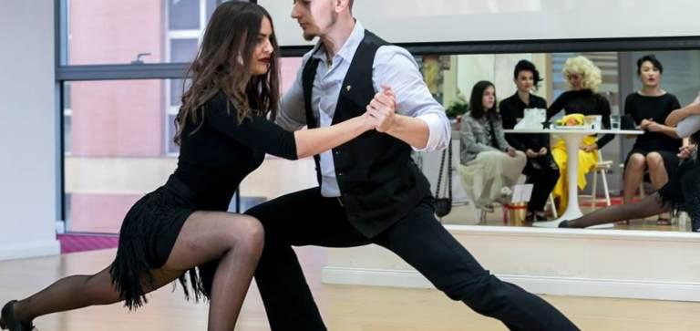 Beneficiile dansului: te ajuta sa slabesti si sa ai o sanatate de fier