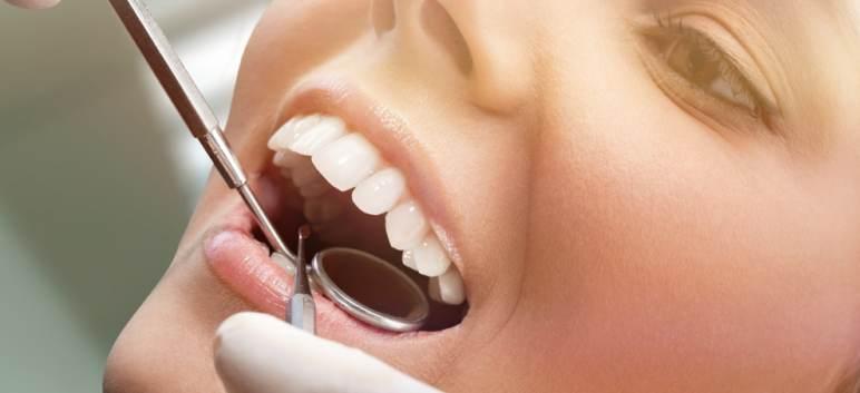 Implantul dentar - cat este de dureros si la ce sa ne asteptam post-interventie