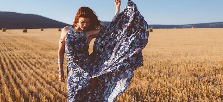3 reguli - Cum porți rochia maxi