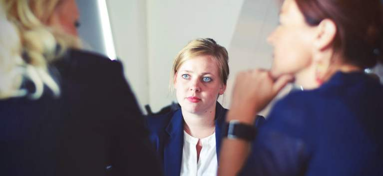 Femei in functii de conducere. Cum iti motivezi echipa atunci cand esti project manager
