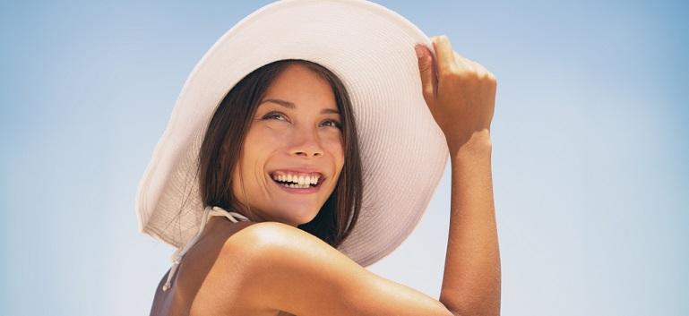 Protecția solară pentru păr și scalp: află de ce ai nevoie de ea