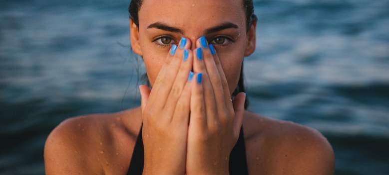 7 metode eficiente pentru a ingriji unghiile casante