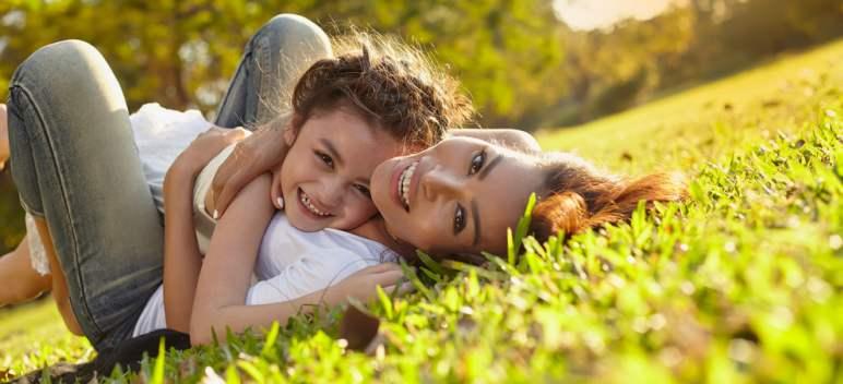 Cum să dezvolți empatia copiilor tăi: ghid pentru părinți fericiți