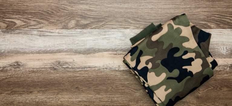 6 pantaloni army pentru cele care știu trucuri cu imprimeurile camuflaj