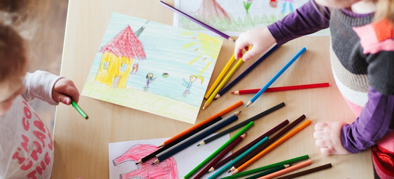 Activități distractive care dezvoltă abilitățile copilului tău