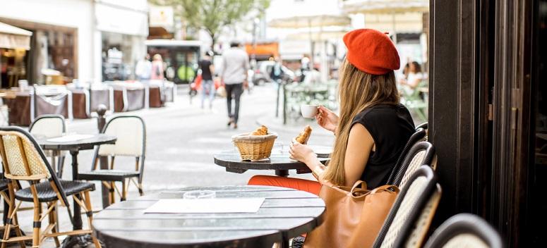 Berete franțuzești pentru un look feminin parizian contemporan