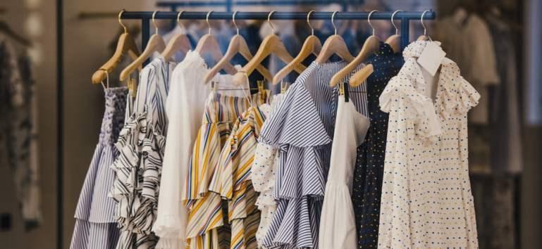 Answear: start reduceri de Black Friday 2019 la haine de firmă
