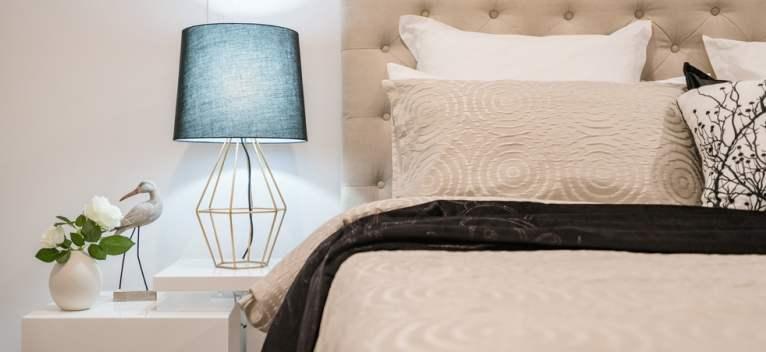 8 veioze de dormitor de inspirație intimă cu atmosferă recreativă