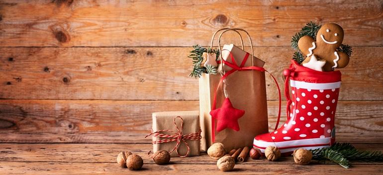 Dulciuri pentru copii de Moș Nicolae: 6 pachete de pus în ghetuțe