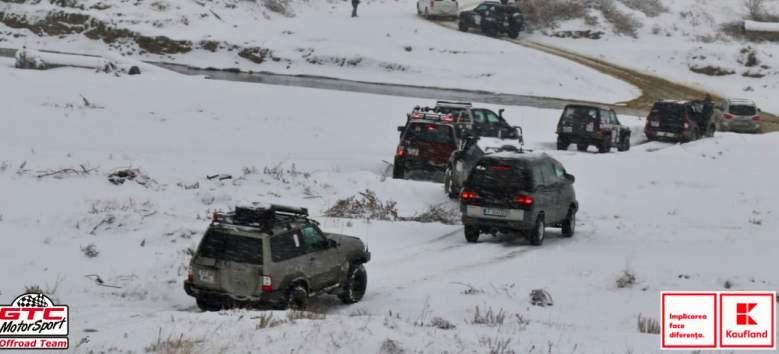 Kaufland, GTC Motorsport și Asociația Reality Check, spiridușii lui Moș Crăciun în satele izolate din Nehoiu-Buzău