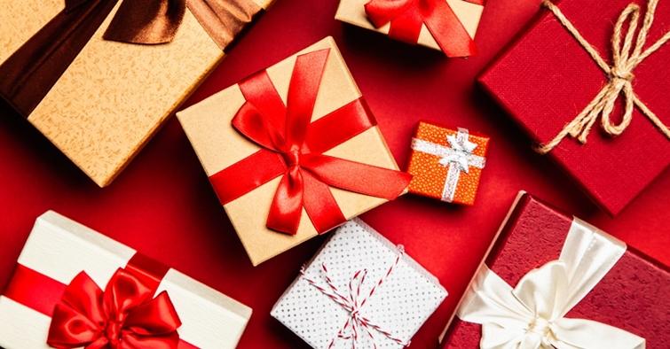Complice.ro: Femeile cheltuie mai mult decât bărbații pe experiențele-cadou de Crăciun
