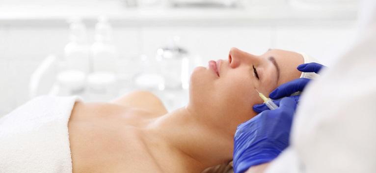Terapia vampir, tratament revolutionar pentru reintinerirea tenului