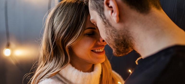 Trei trucuri pentru a-ți face partenerul mai iubitor
