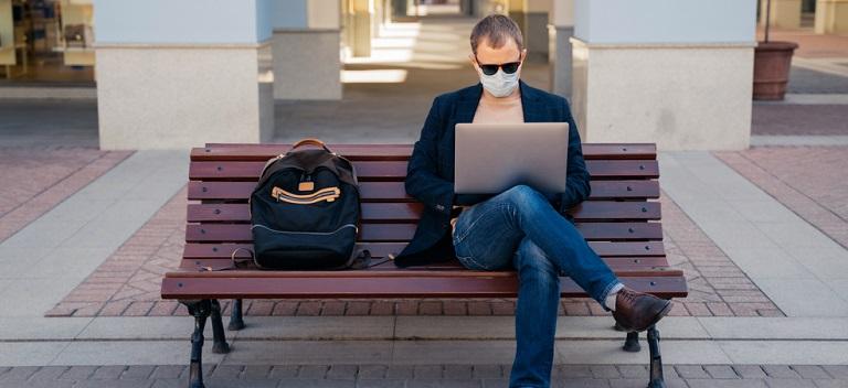 Trucuri de la blogerii de travel: Cum să supraviețuim și să ne adaptăm la noul stil de viață impus de COVID-19
