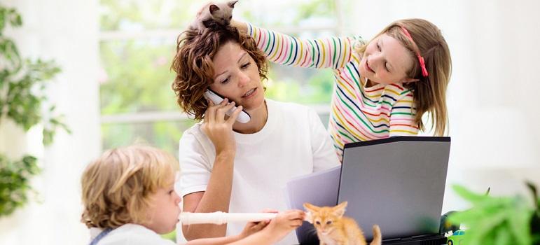 'Copiii nu vor un părinte perfect, ci unul sincer'. Scrisoarea Angelinei Jolie pentru părinți în vremuri de pandemie
