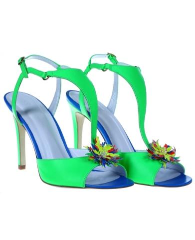 10 modele de sandale cu aplicatii florale: Sandale verde neon