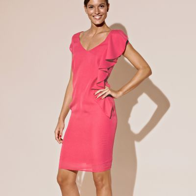 Cum ma imbrac la nunta sau botez? 11 rochii de seara: Rochie cu volane roz