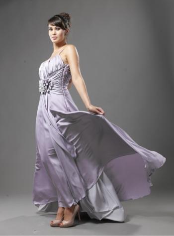 Cum ma imbrac la nunta sau botez? 11 rochii de seara: Rochie de seara mov pal prafuit