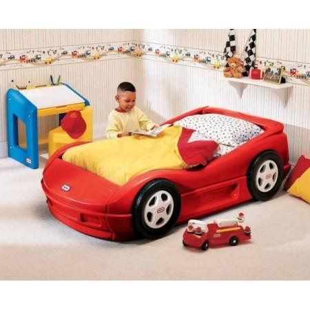 10 Obiecte deosebite de mobilier pentru camera copilului tau: Pat masina